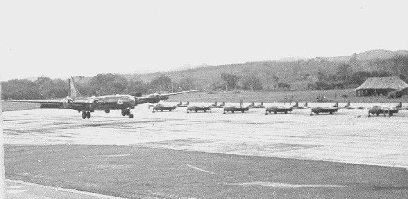 supplied by Peter Thompson B29 with NZ Venoms at Tengah